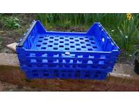 Free pallets/crates