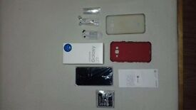 Samsung J3 2016-O2- Like new with box and accesories+2 covers