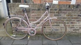 Beautiful Hybrid Bike in Pink (recently serviced)