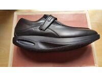 RYN Shoes, size 8, last 4 pairs left