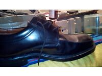 Mens black leather shoes size 11 worn once