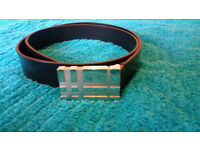 BURBERRY - Embossed Check Detail London Leather Belt