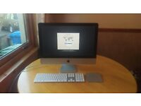 iMac 21.5 inch Late 2012 Excellent Condition includes Apple keyboard and trackpad