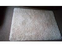 Ex condition large shaggy cream rug