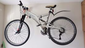 Marin Quake 9.0 Mountain Bike in Excellent Condition Vintage/Retro