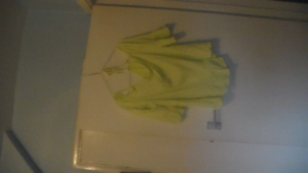 ladies lime green top new size 12