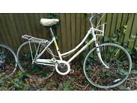 Raleigh Caprice Special edition white on white