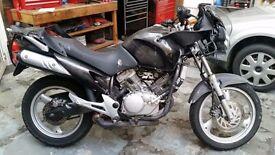 Honda Varadero XL125 - 2007 For Parts or Needs Repairs
