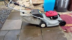 Honda self propelled mower for sale, excellant condition