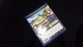PS4 game - Plants VS Zombies garden warfare just £11