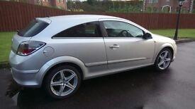 "2008: Excellent 3 door Vauxhall Astra for sale. MOT Nov'17, half leather, 17"" alloys. Lovely car"