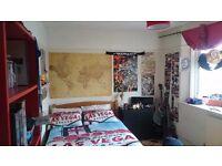 BIG Double Room! - Willesden green (5 mins walk)