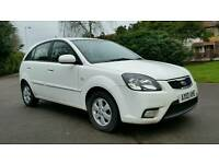 WHITE + 1 OWNER + 2010 + KIA RIO DOMINO 1.4cc + 5 DOOR + HPI CLEAR + 2 KEYS + AIRCON + ALLOY WHEELS