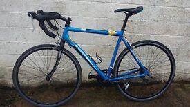 Raleigh strada sprint road bike