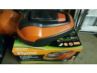 FLYMOW ROBOT LAWNMOVER 3 WEEKS OLD