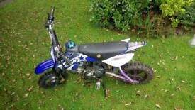 Thump 120cc pit bike with electric start