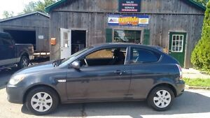 2010 Hyundai Accent GL AUTO,A/C**PAY $67.38 Bi-WEEKLY**$0 Down** Cambridge Kitchener Area image 2