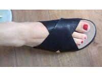 Clarks Alderlake Lily sandals size 5.5 - 6