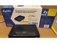 Zyxel P-661H 4 port wired Router
