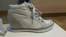 womens wedge trainers ESPRIT