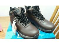 Brand-new men's working boots boxed