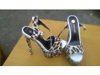 River Island size 8 high heels brand new never worn cost £80 price label still on the sole