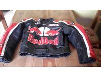 Motorbike Helmet/LeatherTrousers/Leather Jacket/Boots
