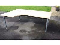 Quality crescent shaped desk (180cm x 120cm)