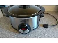 Slow cooker crock pot