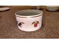 """Royal Worcester Evesham Gold Souffle 7"""" Ribbed Bowl Dish England Shape 46 Size 1"""