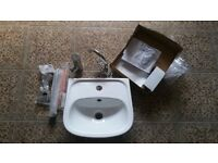 WASH BASIN, FITTINGS AND TAP