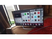 42 inch LG LED SMART TV in ex cond 3 hdmi 3 usb swivel stand new remote £265 ovno