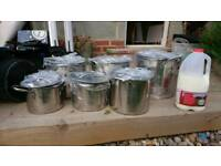 Large stock pans
