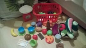 play food and play scales plus shopping basket