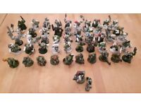 Large number of assorted Games Workshop models and parts
