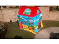 Childs indoor or outdoor play house
