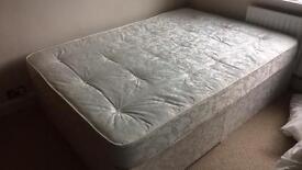 Double bed 140x190cm