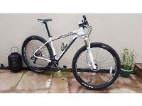 Whyte 629 29er mountain bike medium nearly new
