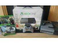 Xbox One 1tb mint condition + 7 games Special C.O.D Edition
