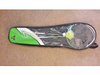 Badminton set for sale - 2 rackets, 1 shuttlecock & carry case