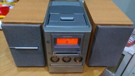 Sony CMT-M100MD - Minidisc - CD - Radio - Tape Mini Hifi