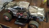 Traxxas slash 4x4 mt rc truck and Lipo balace charger