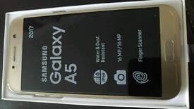 Mobile phone unlocked gold