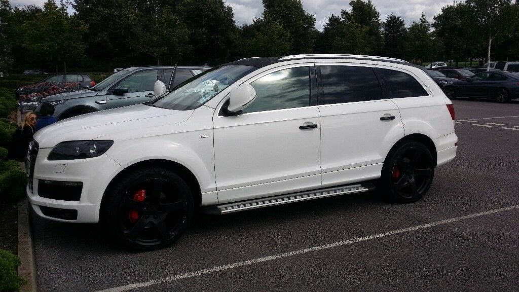 audi q7 s line quattro 3 0 tdi wrapped in white with 22. Black Bedroom Furniture Sets. Home Design Ideas