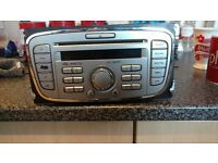 FORD 6000 C.D / RADIO WITH KEYCODE . ....FULLY WORKING