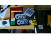 Nintendo Classic Mini: Super Nintendo Entertainment System + Nintendo USB Power Adapter