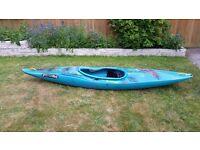 Kayak Canoe - Pyranha Magic
