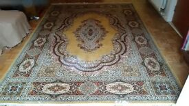 Super Keshan Pure wool rug. Vintage. Beige, brown cream in colour. Used but in very good condition.