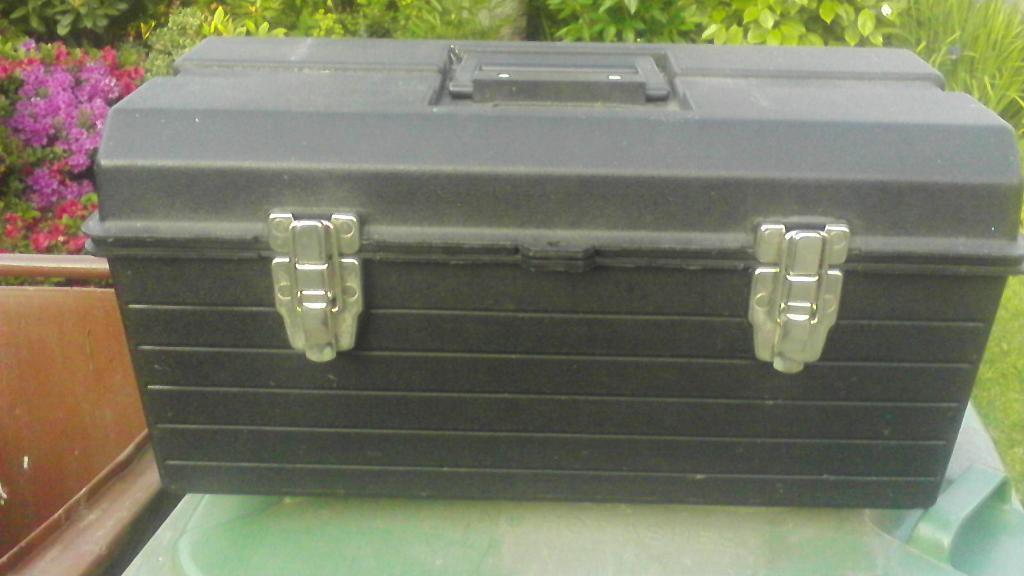 Large tool boxx