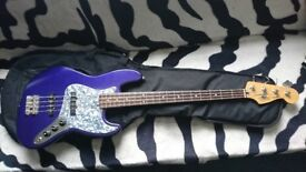 Fender Jazz Bass for sale. Fender soft case included. £350.